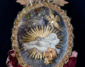 French ornamental diorama on the theme of the Holy Infant