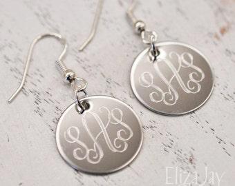 engraved vine monogram earrings in stainless steel