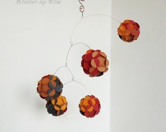 Autumn Kinetic Mobile , Paper balls Mobile, Hanging home decor