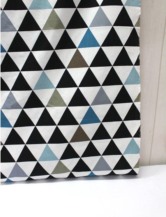 articles similaires triangles moderne coton tissu oxford. Black Bedroom Furniture Sets. Home Design Ideas
