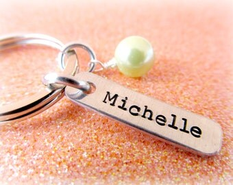 Pearl and Name Keychain - Custom Girls Keychain - Keychain for Her - Custom Accessories - Bridesmaid Gifts - Daughter Stocking Stuffer