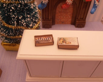 Gaël Miniature christmas light box 1:12 Dollhouse Miniature Accessory