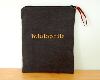 Bibliophile - Embroidered Kobo or Kindle E-reader Case with Zipper  - for any 7 inch tablet - iPad mini and Nexus 7