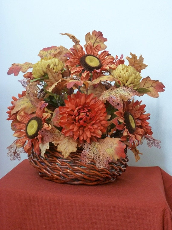 Items similar to large thanksgiving fall basket