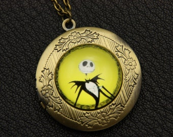 Necklace locket Mr Jack