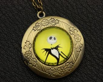 Necklace locket Mr Jack