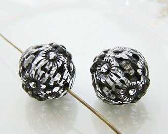 Jet Black Crystal Clear Floral Etched Acrylic Beads 12mm - 10