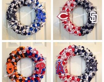 "House ""divided"" Baseball Ribbon Wreath"