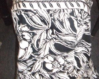 Black and White Strapless Dress Top Medium