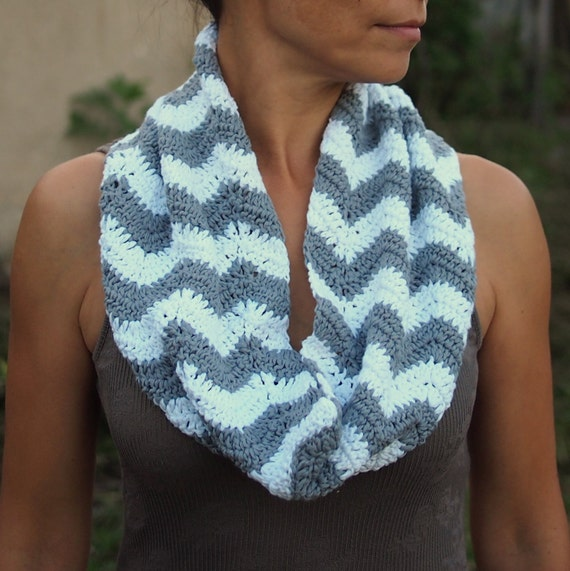 Crochet Scarf Patterns Zigzag : Zigzag Infinity scarf PDF crochet pattern woman loop chevron scarf ...