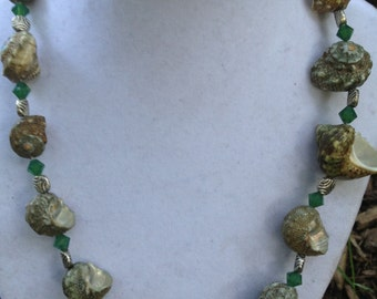 Green Shell Bead Necklace