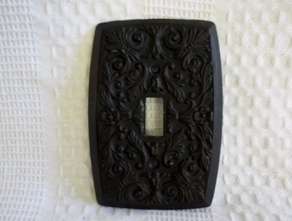 Vintage holton prod inc black metal switch plate cast metal - Wrought iron switch plate covers ...
