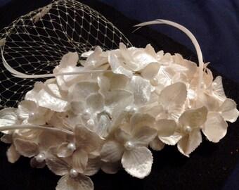 The Great Gatsby 1920's Ivory Bridal Flower Headpiece, Ivory Floral half hat, Short Birdcage Veil,Bridal Floral Headpiece,Bridal  Flower hat