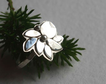 Blossom, moon flower sterling silver ring