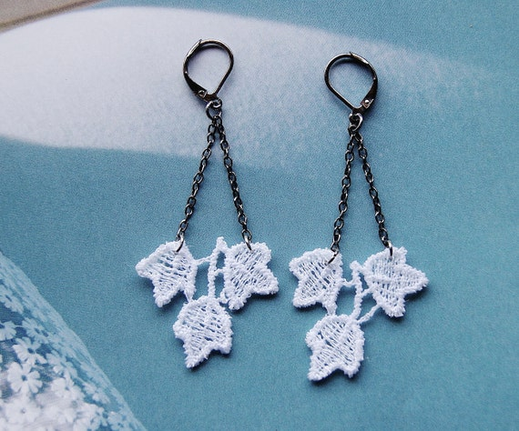 Tres Hojas Blancas - White Leaf Lace Earrings - Accessories - Women - Jewelry