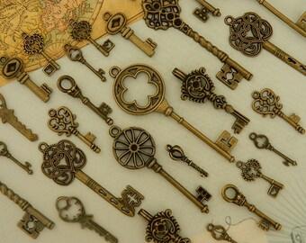 28 skeleton keys- antique bronze skeleton key keys set wedding favors jewelry supply old keys steampunk keys clés anciennes schlüssel