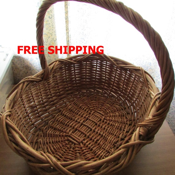 Vintage basket extra large woven wicker reed basket for Wicker reed