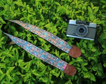 Personalizable Camera Strap - Mosaic for DSLR and Mirrorless