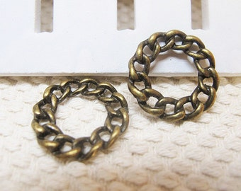 15pcs 4x21mm Antique Bronze Lovely Filigree Round Circle Charms Pendant Jewelry Supplies A1370-8A