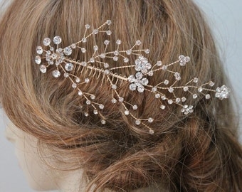 Beautiful gold color hair comb with sparkling rhinestones