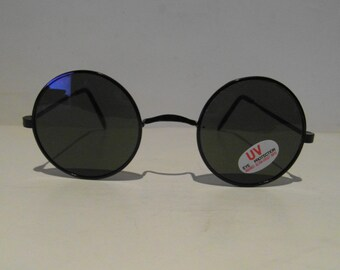 Vintage Shiny Black Classic Round Sunglasses