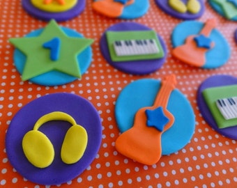 12 Fondant edible cupcake/cookie toppers - Rock Band, rock star, fondant guitar,piano,synthesizers,fondant drum,edible guitar,fondant stars