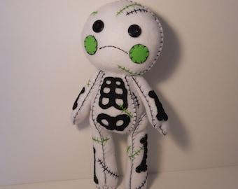 Felt stitched cute white zombie corpse plush stuffed rag doll