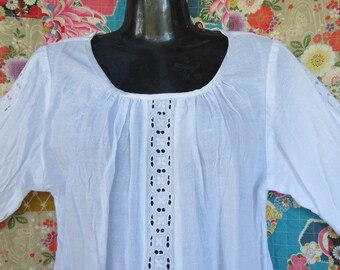 Summer top, White blouse, Linen and lace, Linen clothing, Handmade, Loose top, Maternity top.