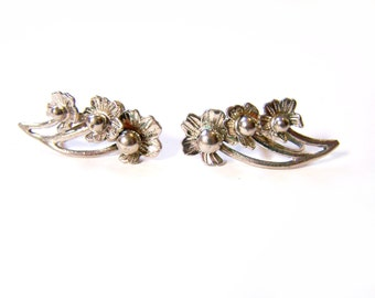 Vintage Silver Tone Flower Trio Screw On Earrings / Gift for Her / H276