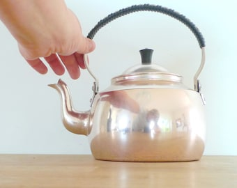 Retro Kettle - MINT CONDITION Hoyang Eloksal Aluminium Copper Plastic Handle Mid Century Modern