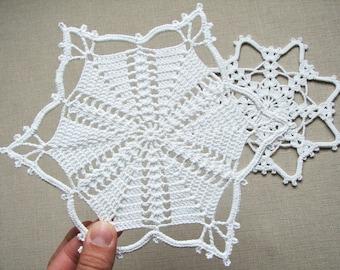 Crochet lace snowflakes Christmas decors Xmas ornaments Tree decors Set of 2 Christmas coaster