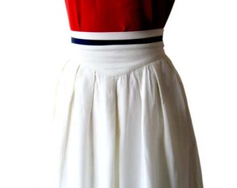 SALE 30% off Vintage White Skirt Nautical Skirt Pleated High Waisted Skirt Size 0