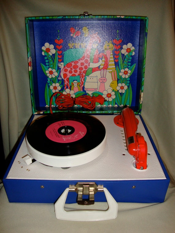 Vintage Vanity Fair Children S Record Player Animal Themed