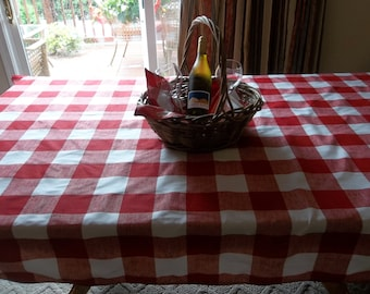 Buffalo check red and white tablecloth