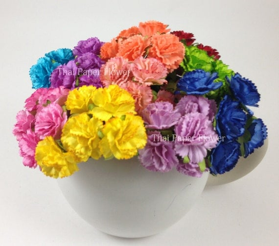 Items similar to 100 Rainbow Carnation Paper flower ...