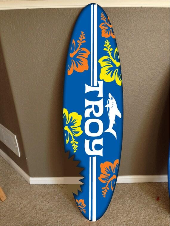 Articoli simili a wall hanging surf board surfboard decor hawaiian beach surfing beach decor su etsy - Tavola da surf motorizzata prezzo ...
