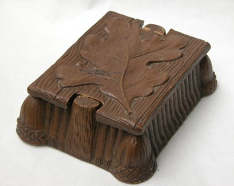 Vintage Syroco Wood-style Faux Bois Box