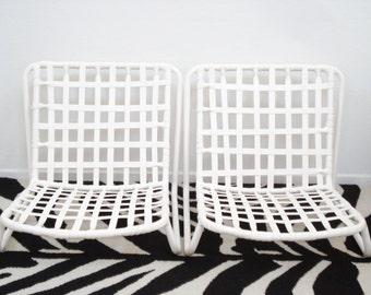 Pair of Vintage Mid Century Modern Low Patio Poolside Sand Chairs Brown Jordan