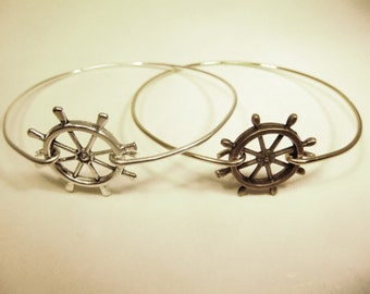 Nautical Ships wheel stackable wire bangle bracelet