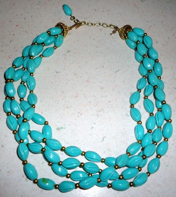Vintage Trifari Faux Simulated Turquoise Beads Plastic Choker