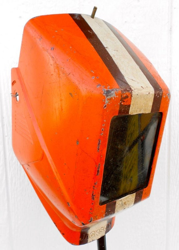 Cleveland Browns >> Super cool vintage welding helmet/mask Cleveland Browns fan