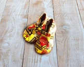 Little boys suede sole baby booties, Construction Zone Print