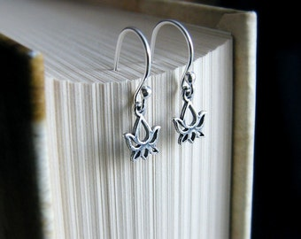 SALE Silver Lotus Earrings, Sterling silver lotus,Sterling Silver Earrings,Lotus Earrings,Silver Lotus Flower,Lotus Jewelry, Simple Earrings
