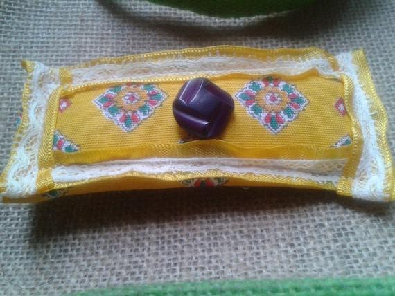 Yellow Provence Barrette Handmade Wood Burgundy Art Deco Button Yellow Ribbon White Lace #sophieladydeparis