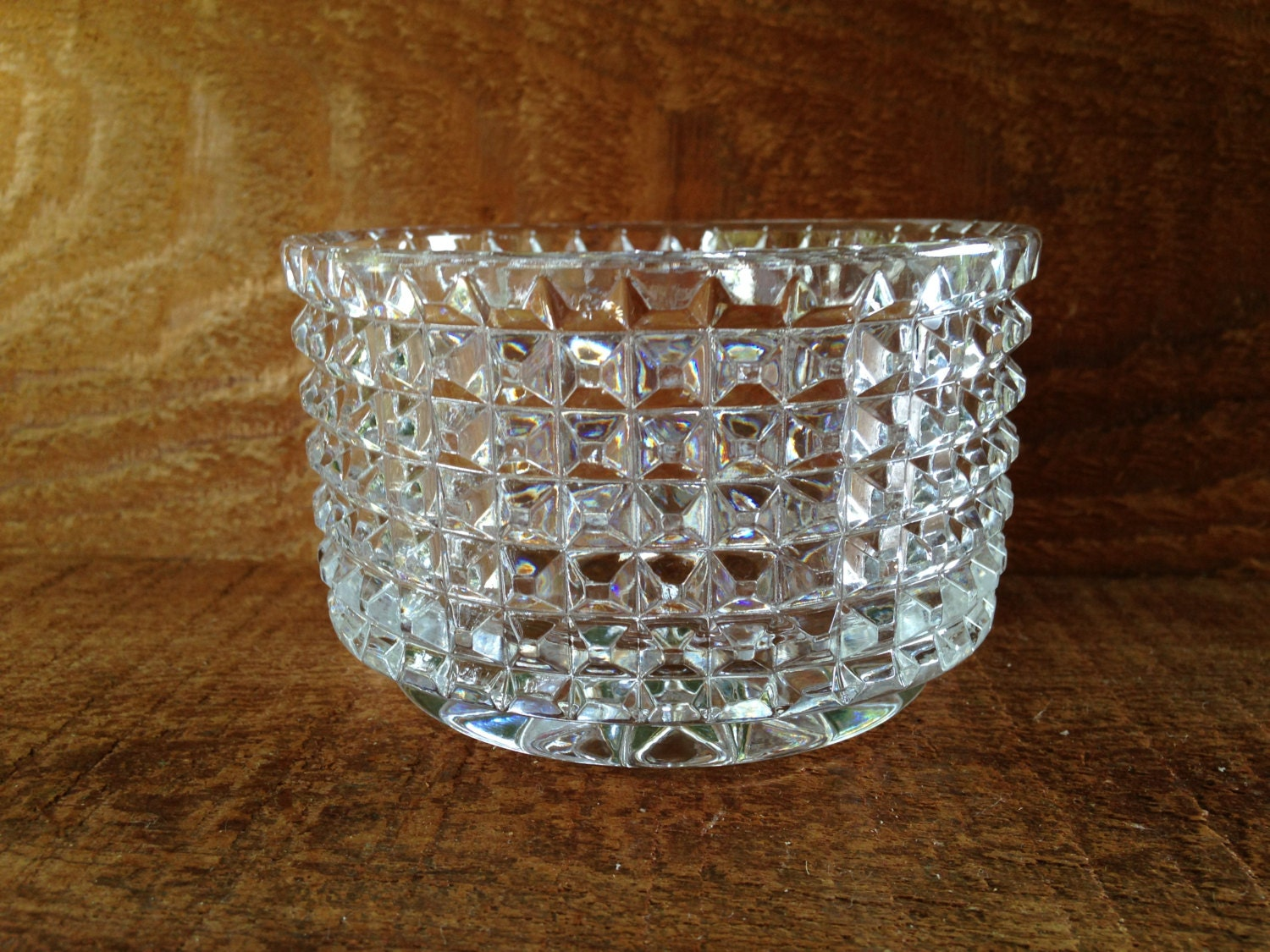 Leaded crystal glass bowl starburst diamond pattern - Starburst glassware ...