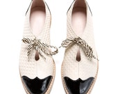 Oxford flat shoes - white and black oxford shoes - tie oxford shoes - Handmade by ImeldaShoes