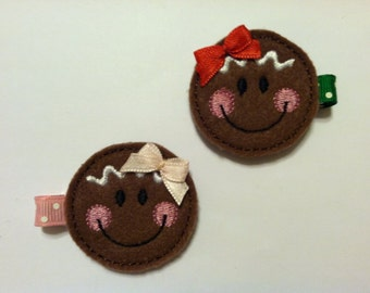Felt Embroidered Gingerbread Face Clippie