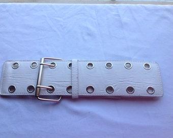 VINTAGE White Rocker style belt