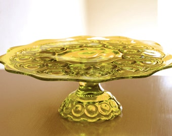 Glass Cake Stand in Golden Yellow Amber / Vintage Cake Stand Vintage Cake Plate Cake Pedestal / Cupcake Stand / Moon & Stars