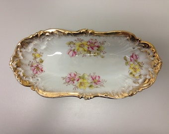 Free shipping**  Retro Dresden Celery / Serving dish